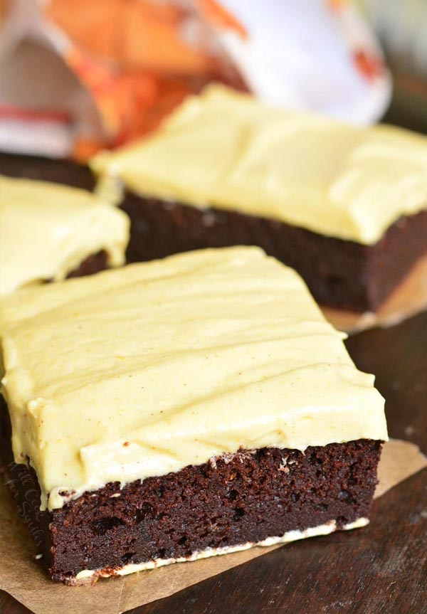 frosted_pumpkin_brownies