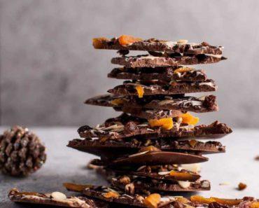 fruit_nut_chocolate_bark