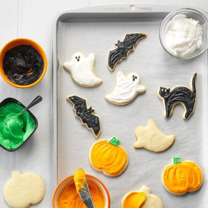 halloween_party_cutout_cookies