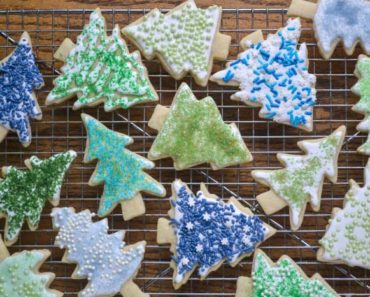 holiday_sugar_cookies_diy_colored_sugar