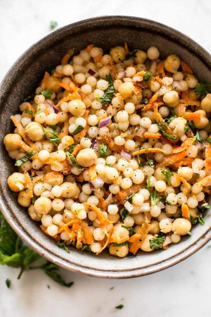 israeli_couscous_salad_chickpeas