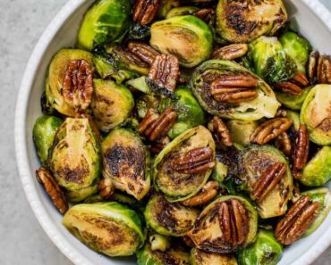 maple_pecan_brussels_sprouts