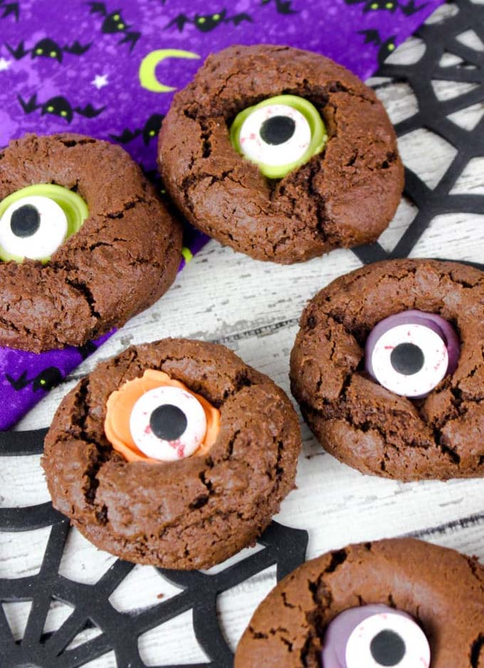 monster_eye_cookies_halloween_thumbprint_cookies