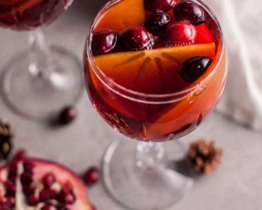 pomegranate_persimmon_winter_sangria