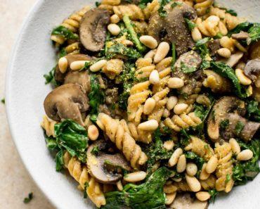 vegan_spinach_mushroom_pasta