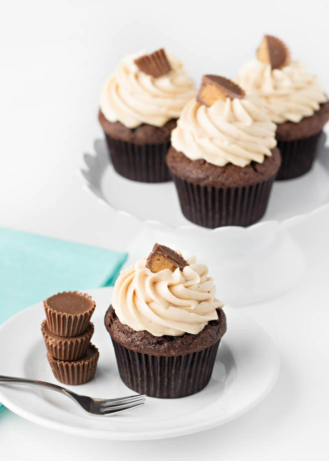 Chocolate_Peanut_Butter_Cupcakes