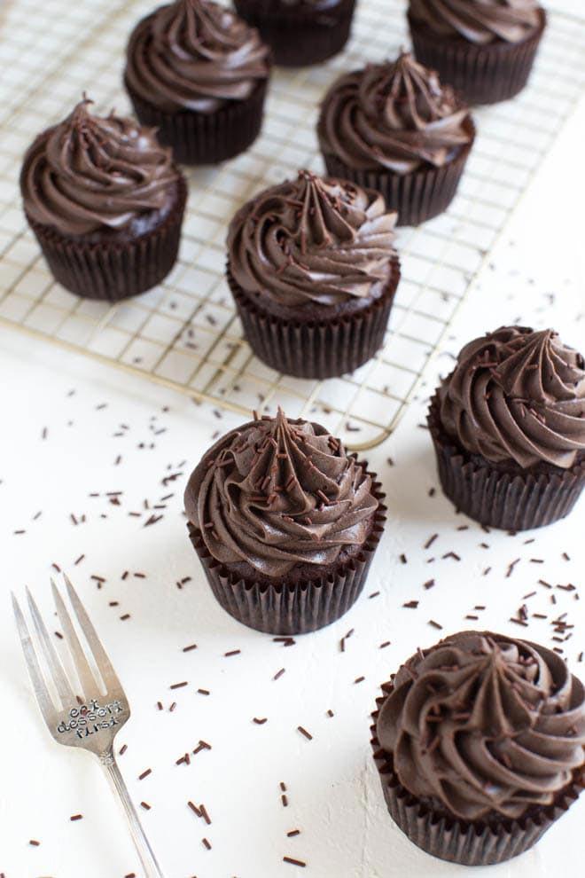 Flourless_Mexican_Chocolate_Cupcakes