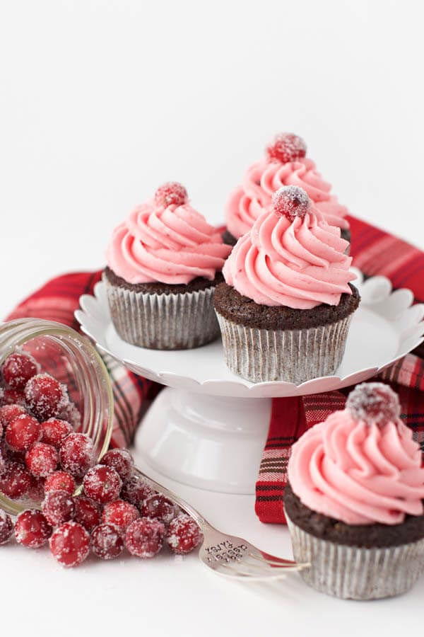 Gingerbread_Cupcakes_with_Cranberry_Frosting
