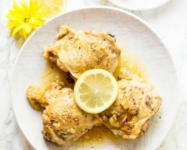 Lemon_Garlic_Butter_Chicken_Thighs-