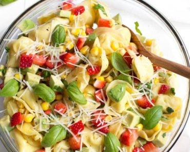 Strawberry_Corn_and_Avocado_Tortellini_Salad