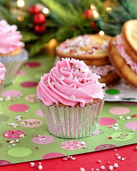 Vanill_Peppermint_Cupcakes