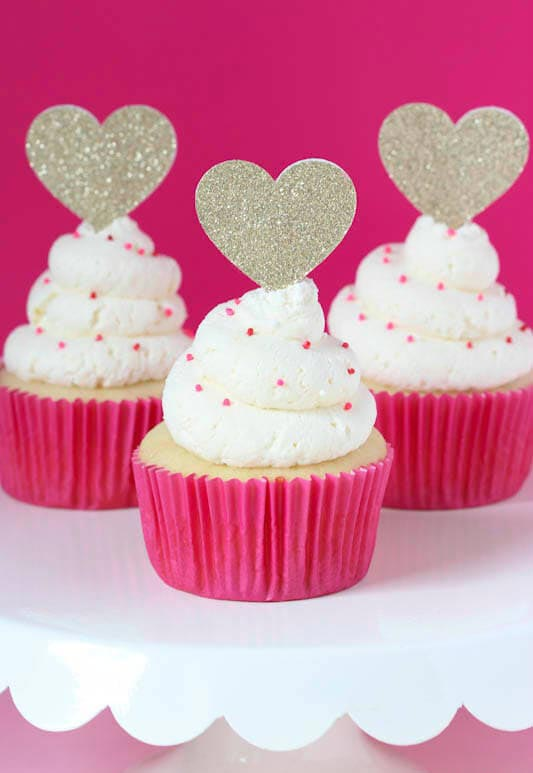 Whipped_Vanilla_Cupcakes