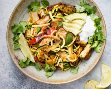 chicken_fajita_zoodle_bowls