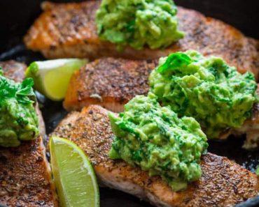 crispy_salmon_avocado_basil_mash