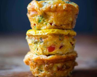 high-protein-grab-and-go-veggie-egg-cups