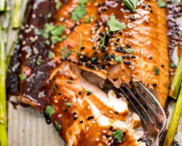 sheet_pan_salmon_asparagus