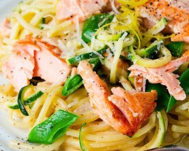 20-minute-Pan-Fried-Salmon-and-Spaghetti-with-Lemon-Cream-Sauce