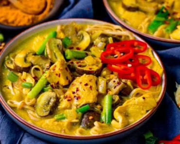 Chicken-Noodle-Turmeric-Soup-Recipe